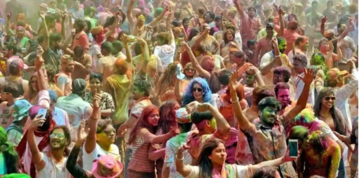 COVID-19 Guidelines for Holi: 5 States in India where gatherings are banned