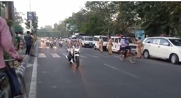 Vadodara police organise a She team cycling rally with message of Fit India and women empowerment