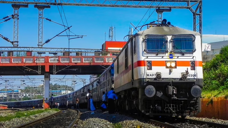 WR to attach additional coaches in eleven pairs of trains on temporary basis