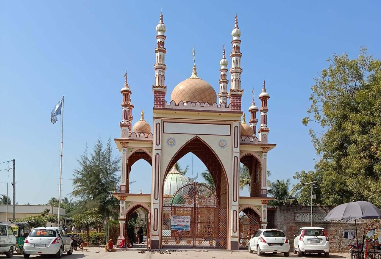 Symbol of communal unity Kalla Sharif Urs fair postponed