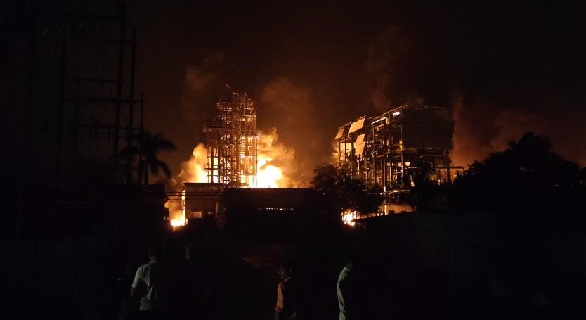 Major fire broke out at Shivam Industries near Gothda village in Savli taluka