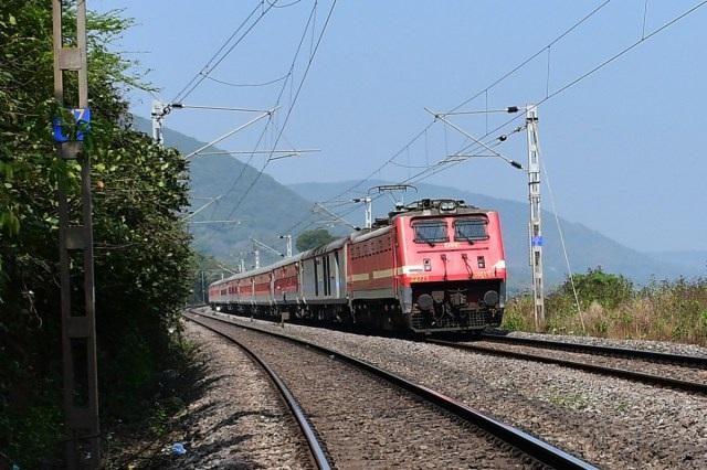WR to run special trains between Gandhidham – Nagarcoil and Rajkot – Coimbatore