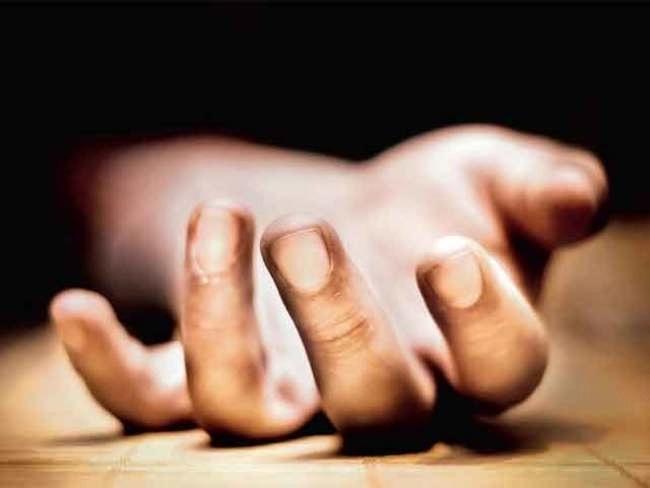 Corona positive youth commit suicide in Vadodara