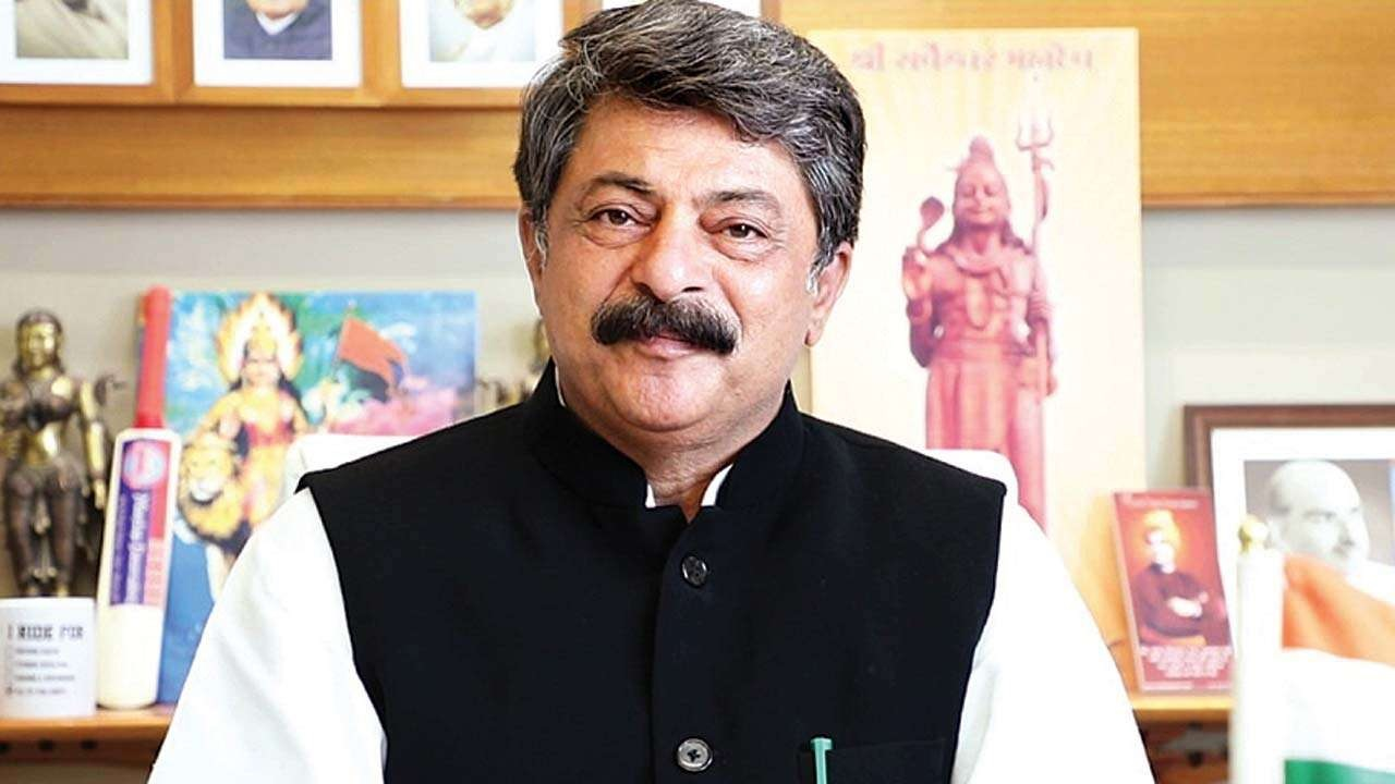 Gujarat Assembly Speaker Rajendra Trivedi allocated Rs. 1 crore for Covid assistance from MLA grant